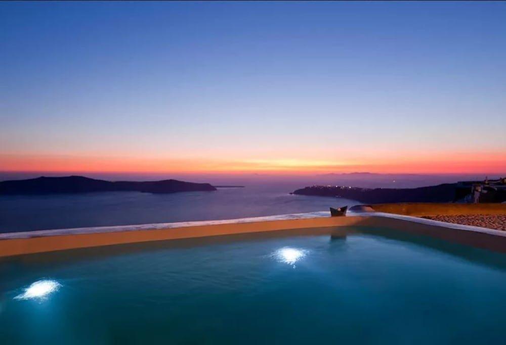 Kapari Natural Resort, Santorini Image 11