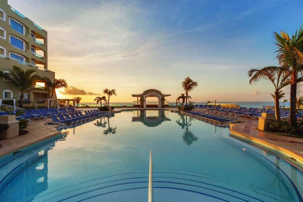 Panama Jack Resorts Gran Caribe Cancun  Image 5