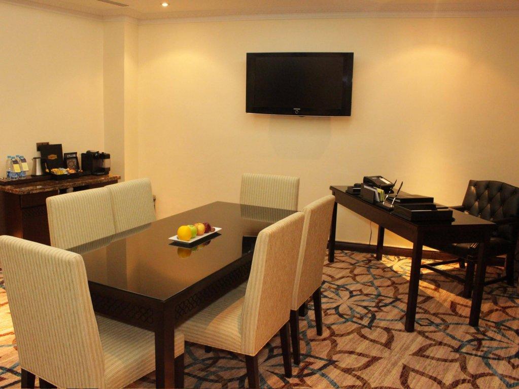 Dallah Taibah Hotel, Medina Image 10
