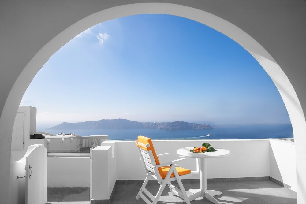 Abelonas Retreat, Santorini Image 27