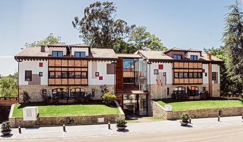 Hotel Cuevas, Santillana Del Mar Image 37
