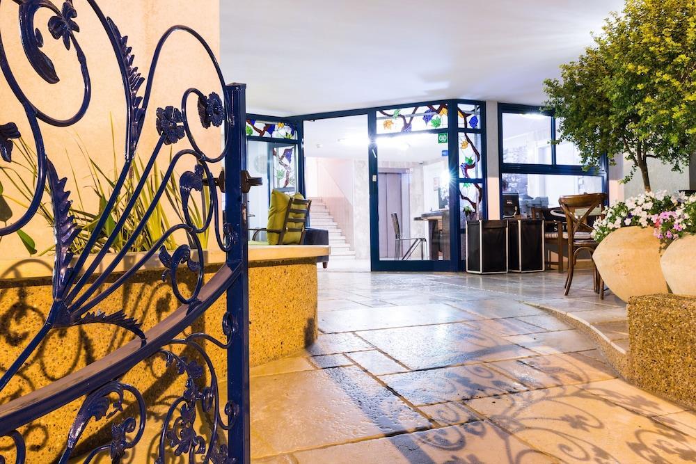 Arbel Suites Hotel, Tel Aviv Image 5