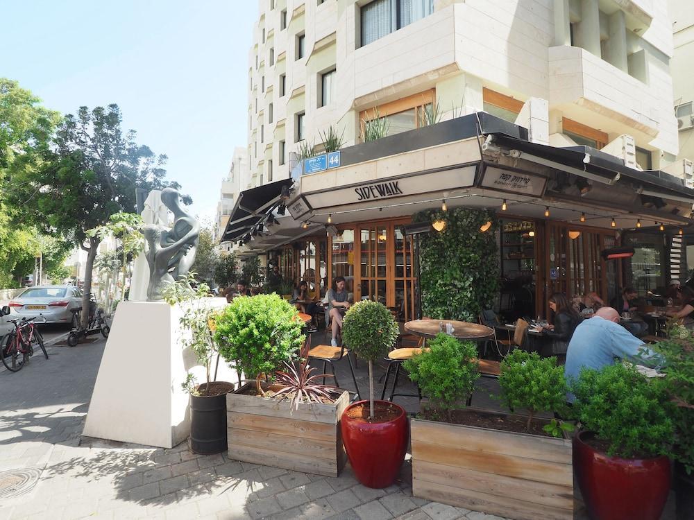 130 Rock Apartments, Tel Aviv Image 13