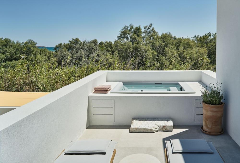 Parilio A Member Of Design Hotels, Paros Image 2