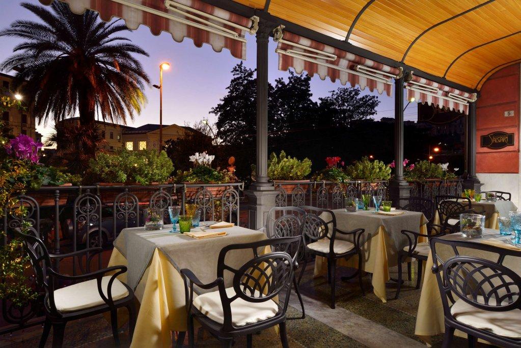 Grand Hotel Savoia, Genoa Image 2
