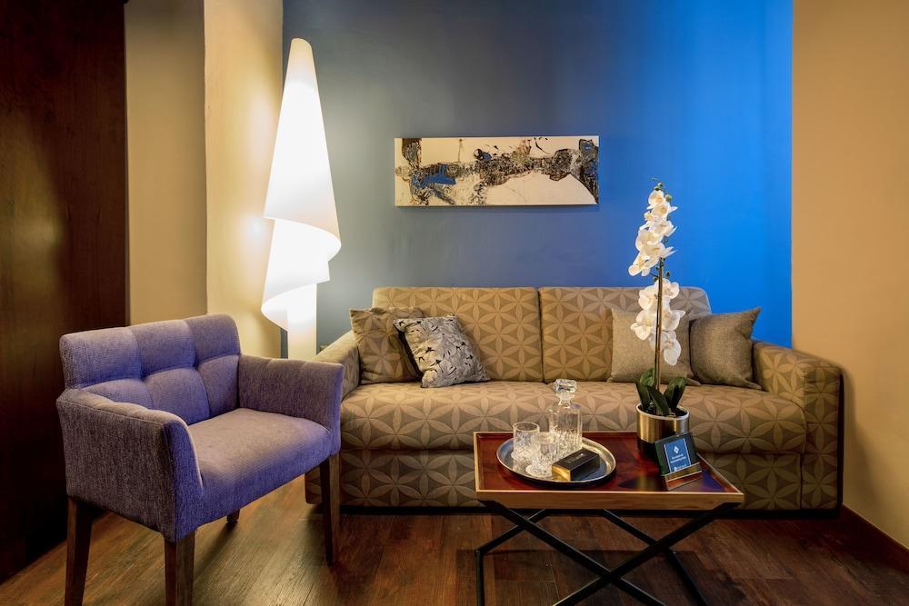 Port And Blue Tlv Boutique Suites, Tel Aviv Image 9