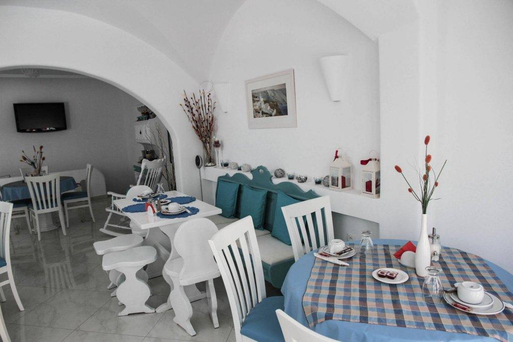 Anastasia Princess Luxury Residence & Suites, Perissa, Santorini Image 5
