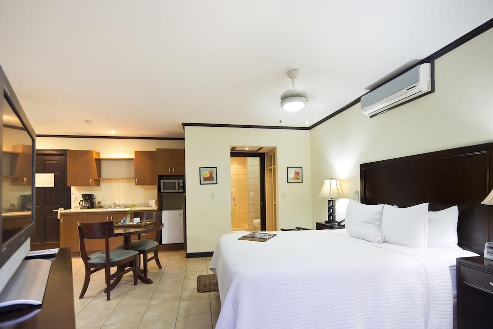 Hotel Villa Los Candiles Image 10