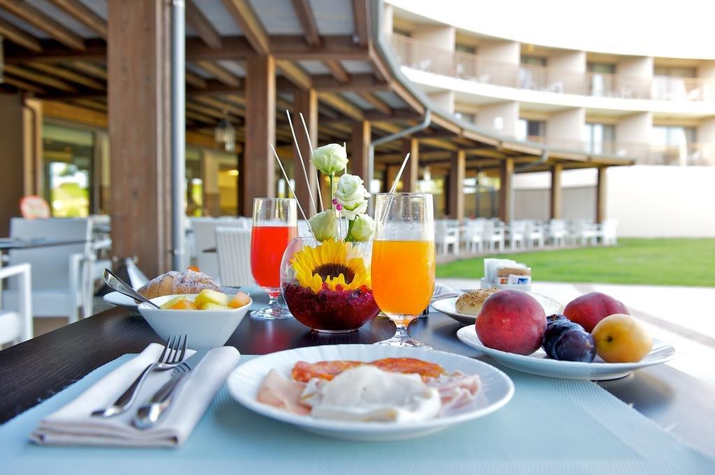 Capovaticano Resort Thalasso Spa, Tropea Image 6