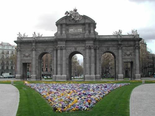 Nh Collection Madrid Gran Vía Image 9