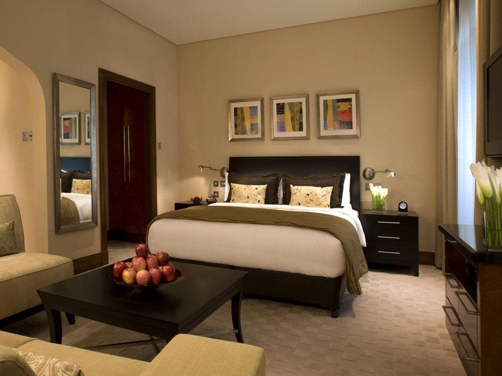 Shangri-la Hotel Qaryat Al Beri, Abu Dhabi Image 20