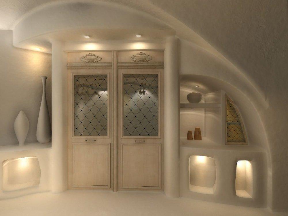 Nefeles Luxury Suites, Fira, Santorini Image 29