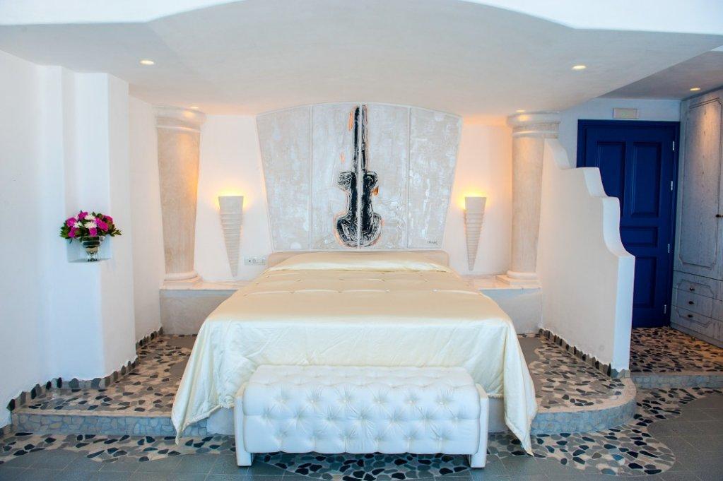 Astarte Suites, Santorini Image 23