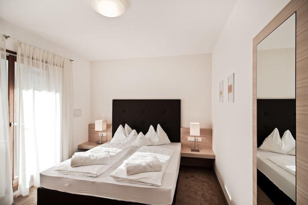 Hotel Schwarzschmied, Lana Image 9