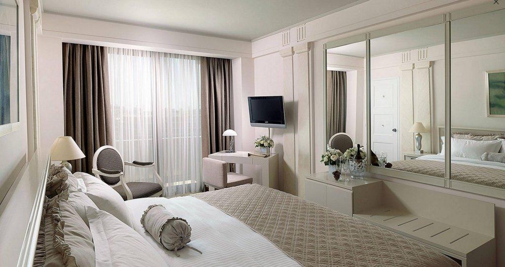 Njv Athens Plaza Hotel Image 2