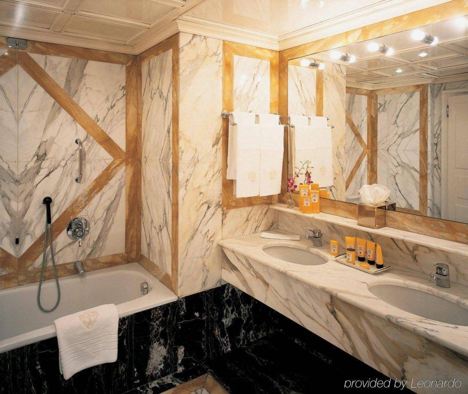 Hotel Principe Di Savoia - Dorchester Collection, Milan Image 5