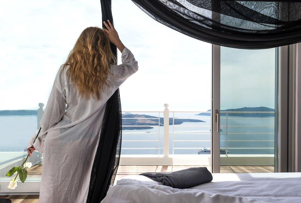 Nefeles Luxury Suites, Fira, Santorini Image 11