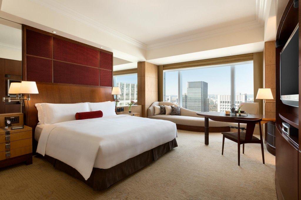 Shangri-la Hotel, Tokyo Image 5