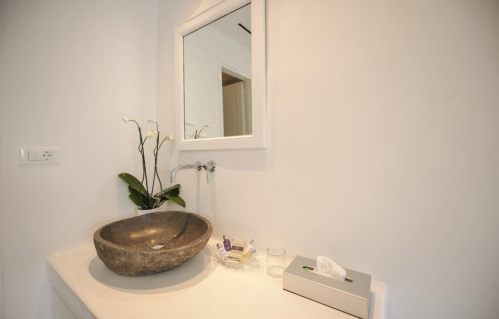 Ostraco Suites, Drafaki, Mykonos Image 19