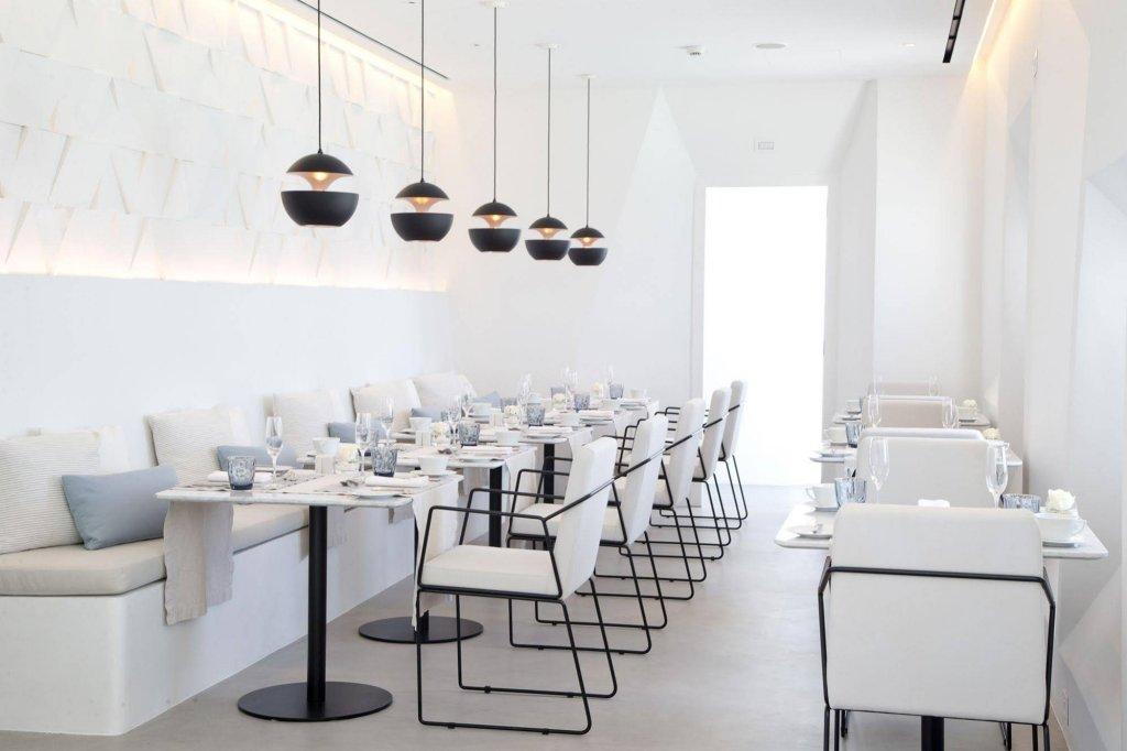 Grace Hotel Santorini, Auberge Resorts Collection Image 10