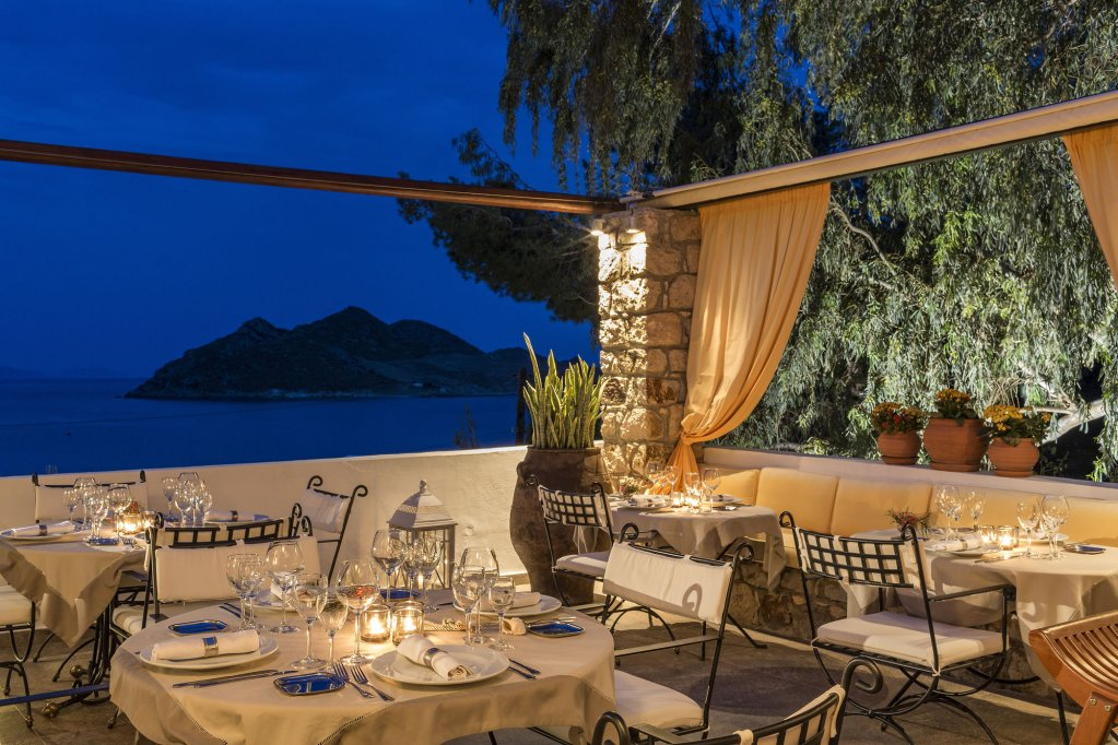 Petra Hotel And Suites, Patmos Image 11