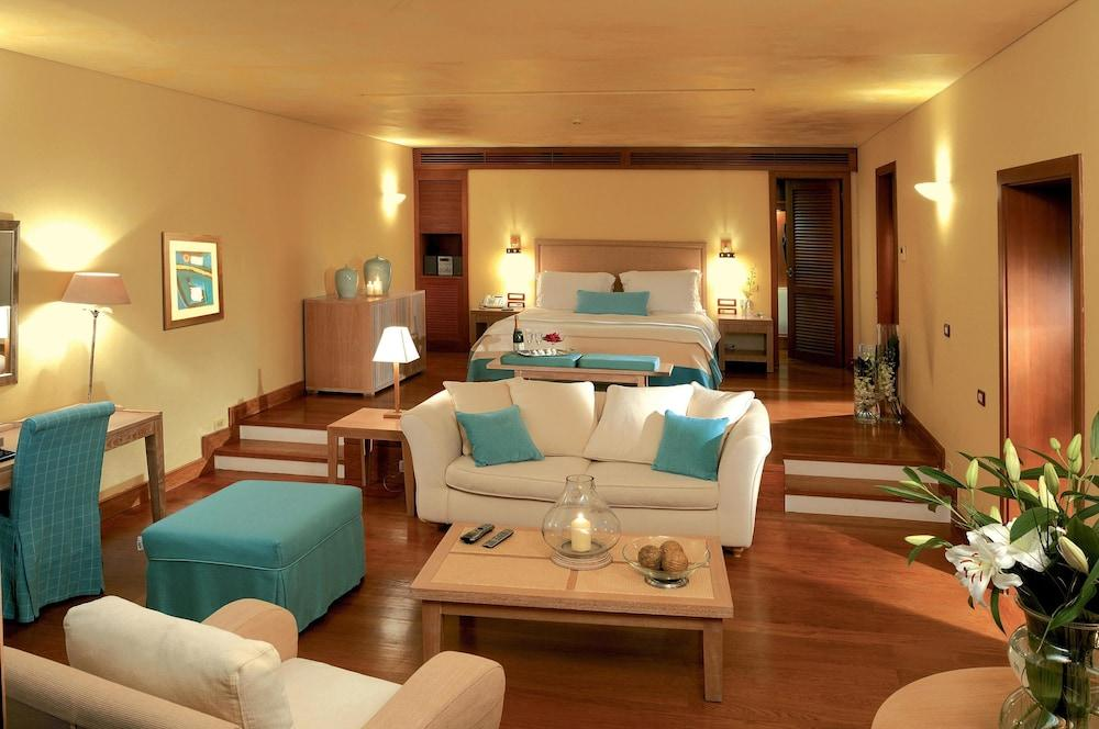 Grand Resort Lagonissi Image 22