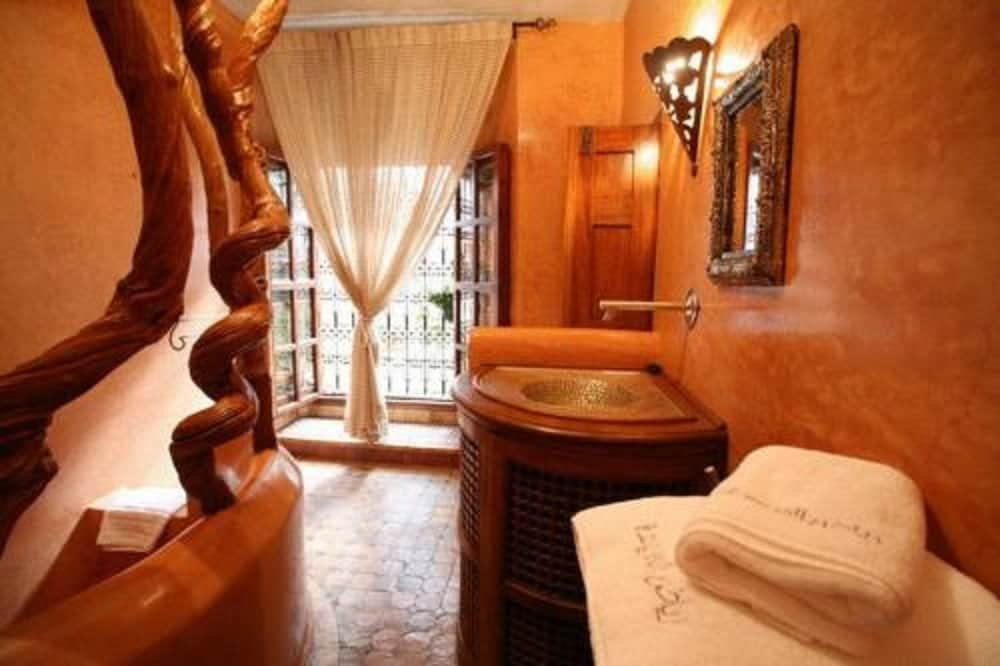 Riad Laaroussa Hotel & Spa, Fes Image 41