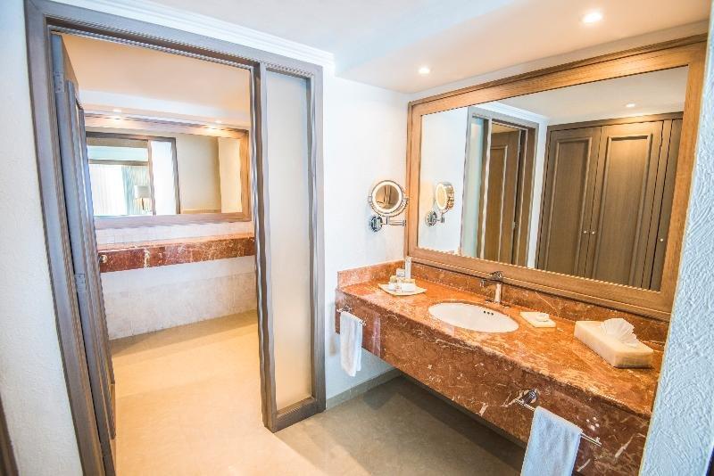 Panama Jack Resorts Gran Caribe Cancun  Image 18