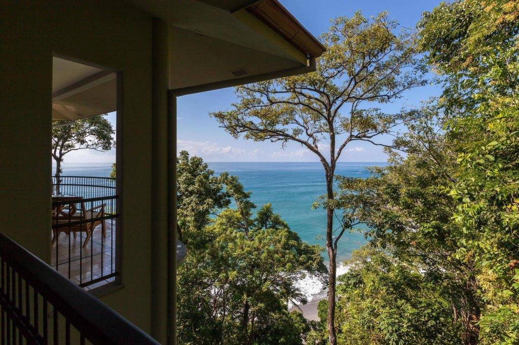 Arenas Del Mar Beachfront & Rainforest Resort, Quepos Image 25