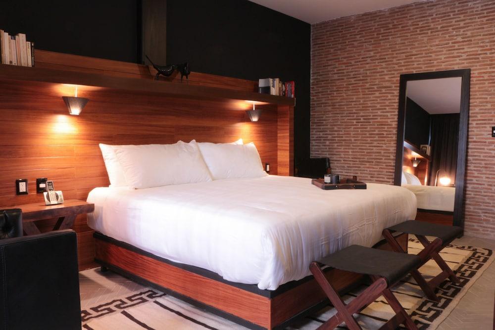 Hotel Emiliano, A Member Of Design Hotel, Leon Image 0