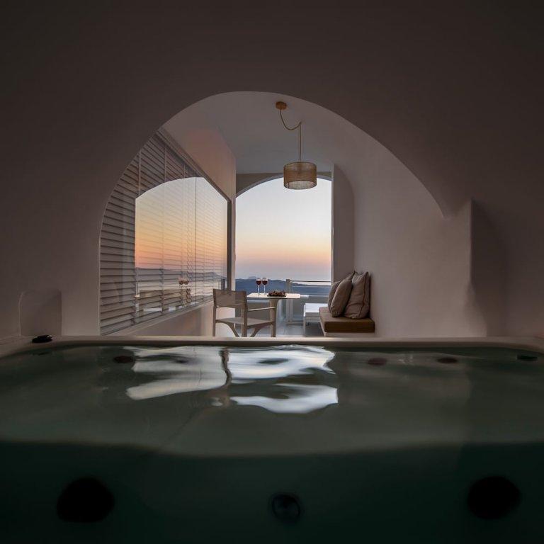 Nefeles Luxury Suites, Fira, Santorini Image 14
