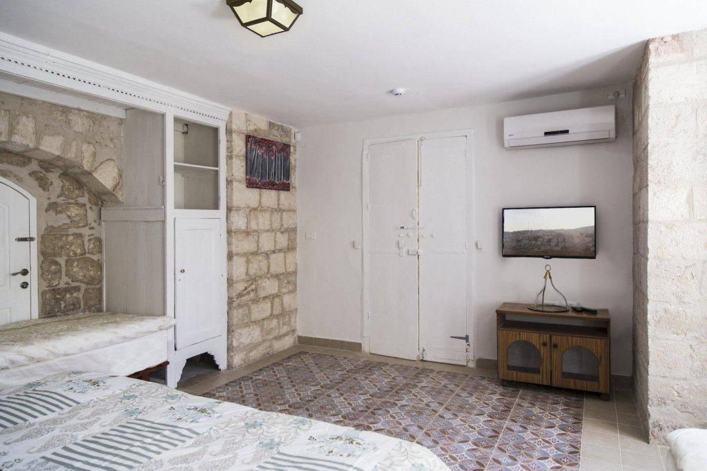 Alexandra House, Nazareth Image 46