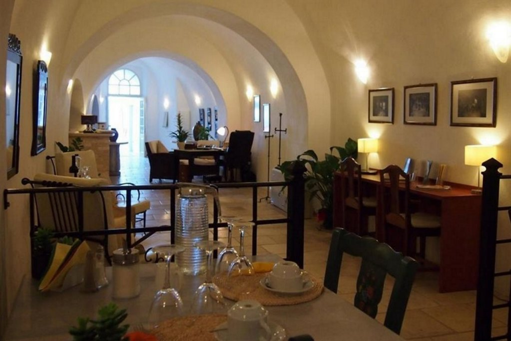 Nefeles Luxury Suites, Fira, Santorini Image 30