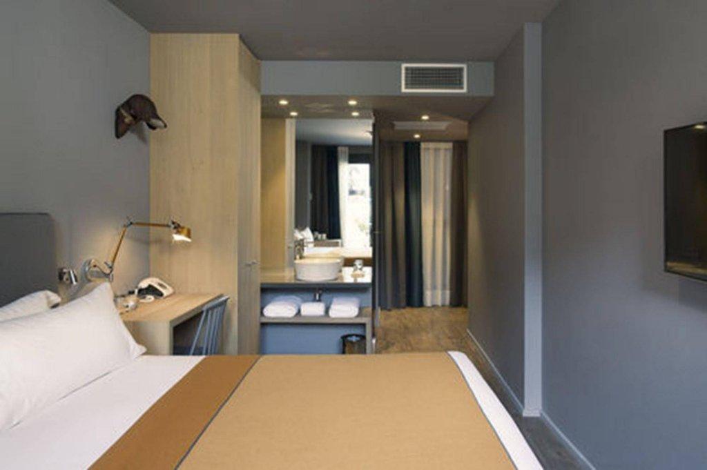 Yurbban Trafalgar Hotel, Barcelona Image 4
