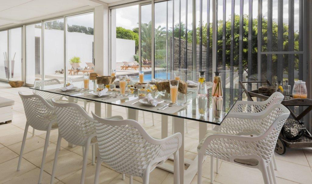 White Exclusive Suites & Villas, Lagoa Image 19