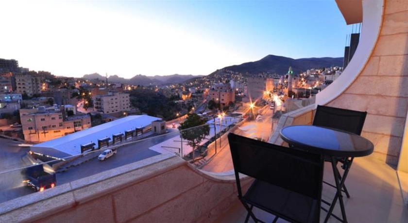 P Quattro Relax Hotel, Petra Image 6