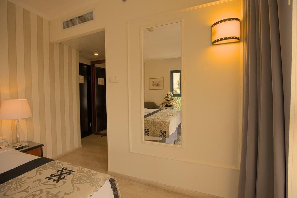 Eldan Hotel Jerusalem Image 14