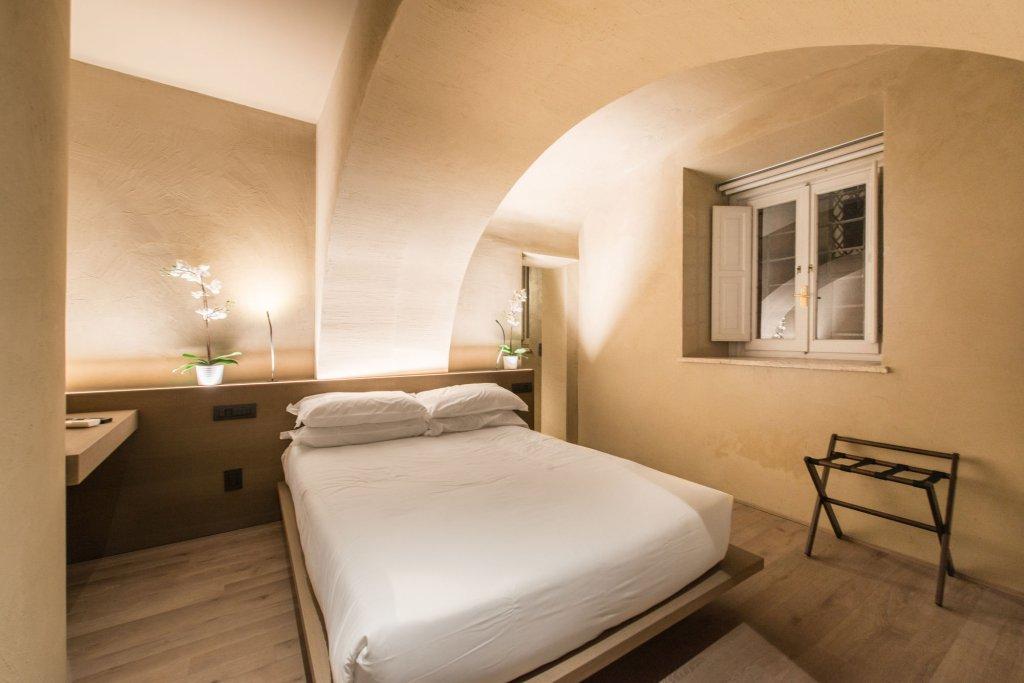 Hotel Dei Barbieri, Rome Image 4