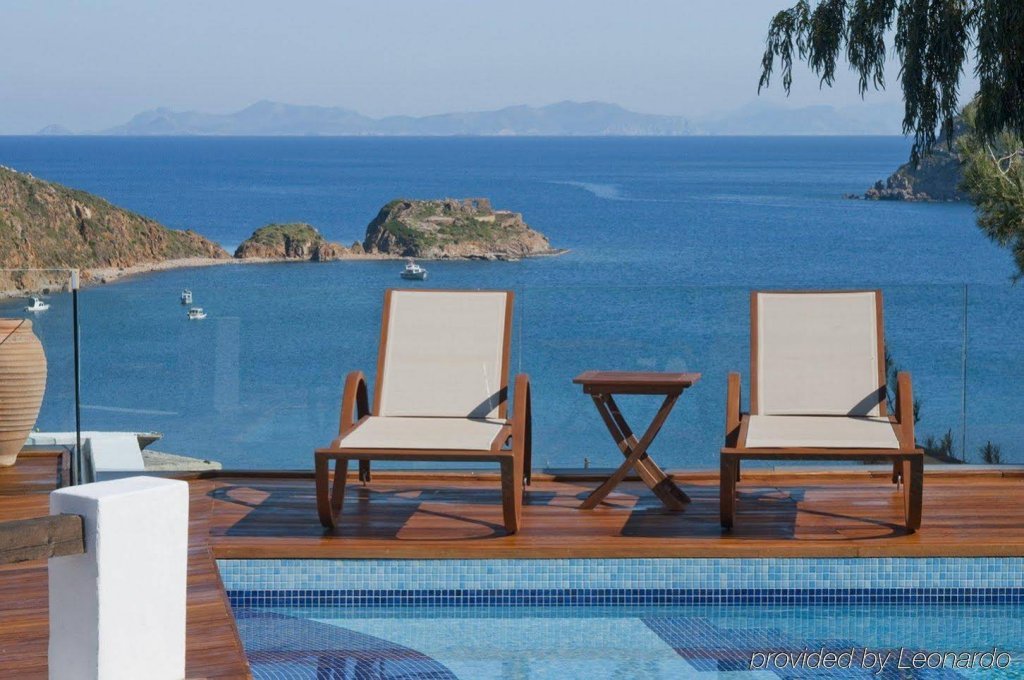 Petra Hotel And Suites, Patmos Image 18