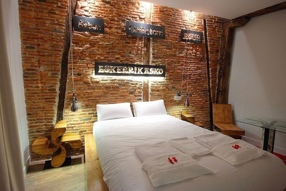 Basque Boutique Bilbao Image 3