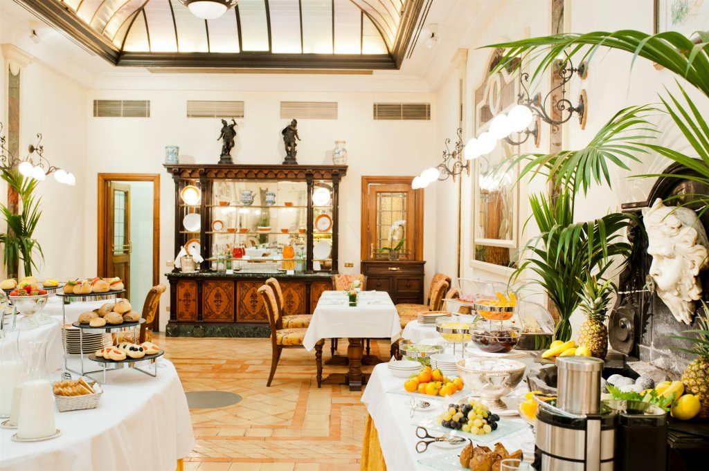 Helvetia & Bristol Starhotels, Florence Image 3