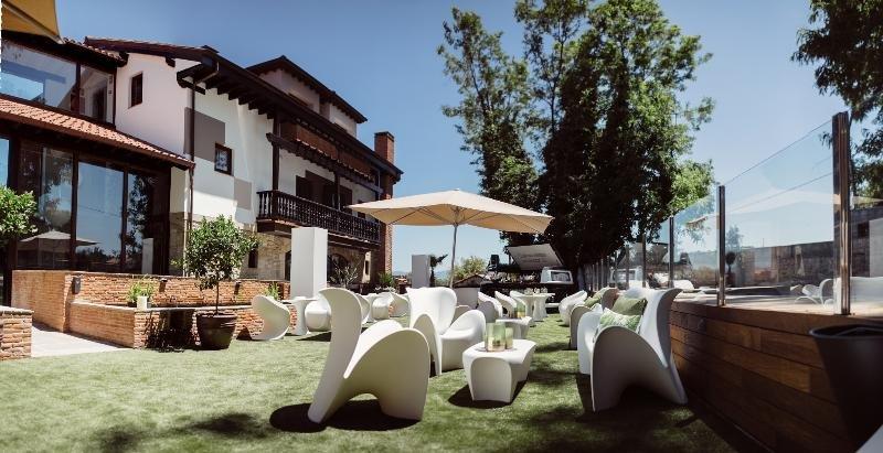 Hotel Cuevas, Santillana Del Mar Image 36