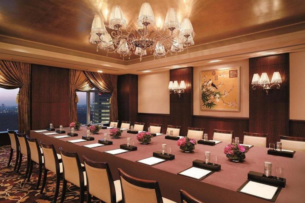 Shangri-la Hotel, Tokyo Image 18