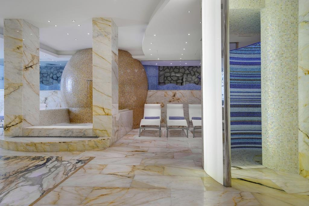 Melia Villa Capri Image 5