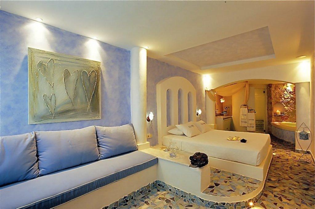Astarte Suites, Santorini Image 24