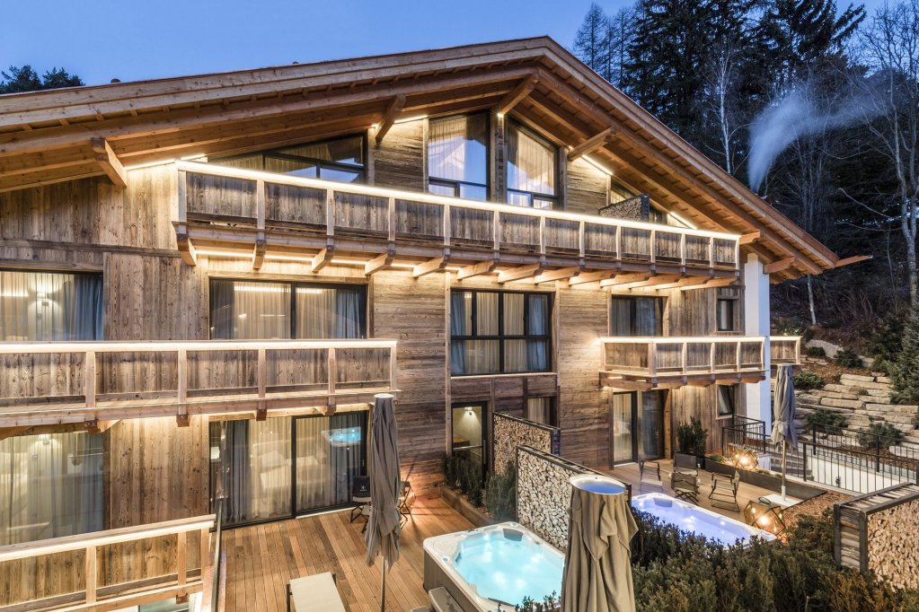 Hotel Montchalet Image 8