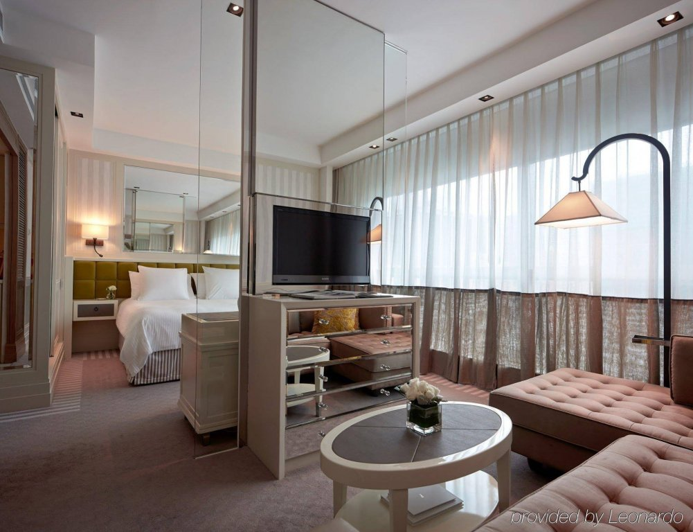 Lanson Place Hotel, Hong Kong Image 16