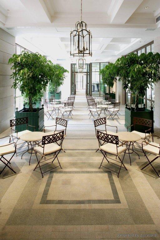 Lanson Place Hotel, Hong Kong Image 17