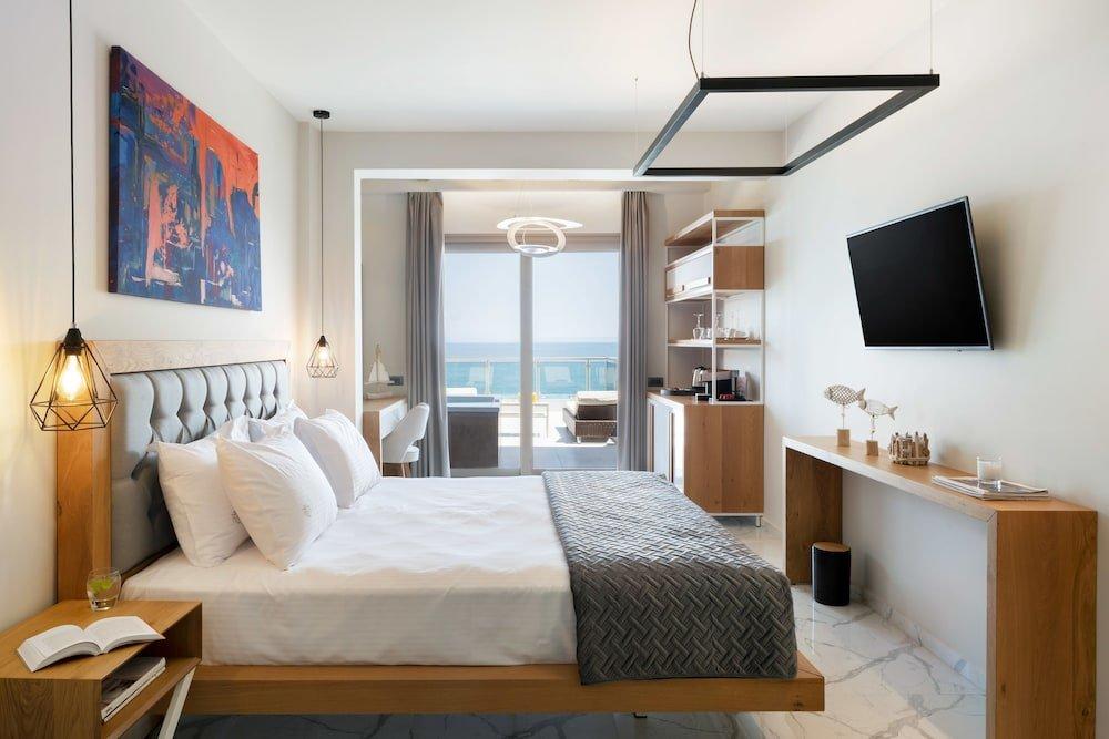 Sea Level Hotel Polychrono Image 5