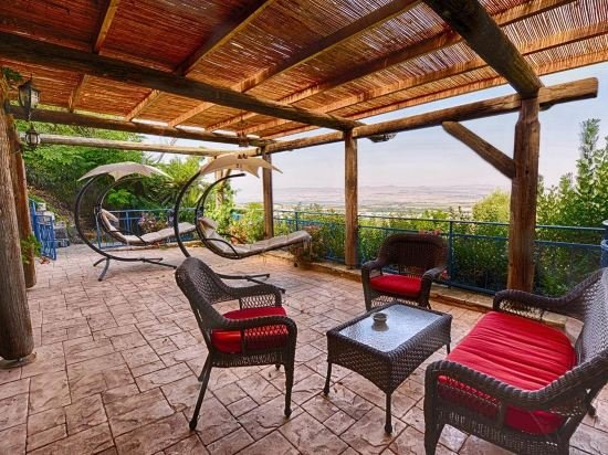Hameiri Estate, Rosh Pina Image 17